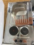 Keukenblok 100cm x 60cm + E-kookplaat + koelkast en bovenkasten RAI-9429_