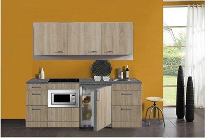 keukenblok 180 met koelkast, magnetron en 4-pit kramisch kookplaat en wandkasten